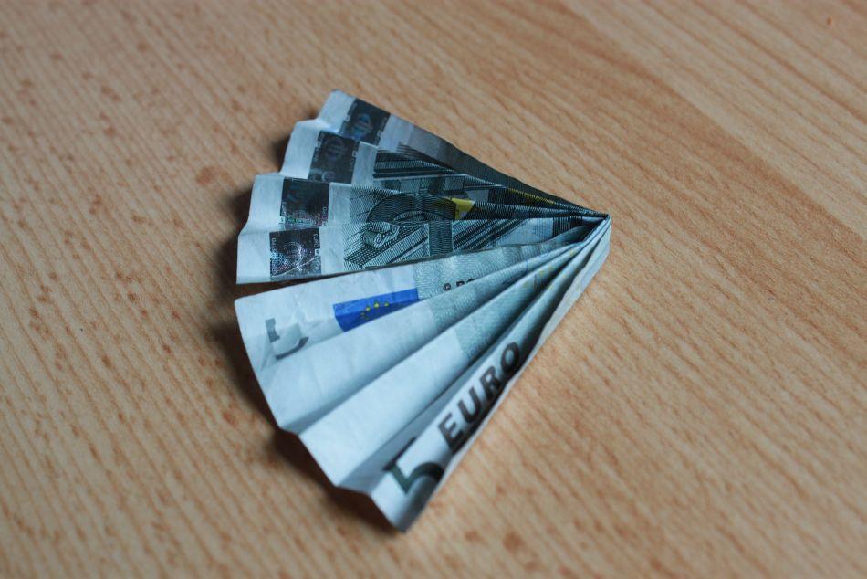 Geldfächer-viertel-001