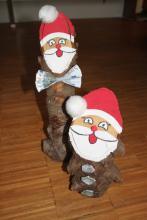 Baumstamm Weihnachtsmänner